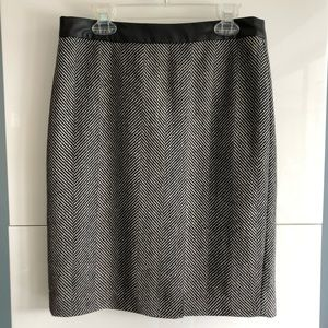 Banana Republic Herringbone Wool Blend Skirt Sz. 0